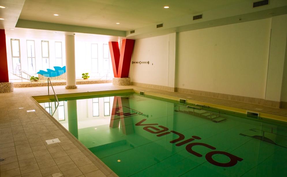 vanico piscina 1